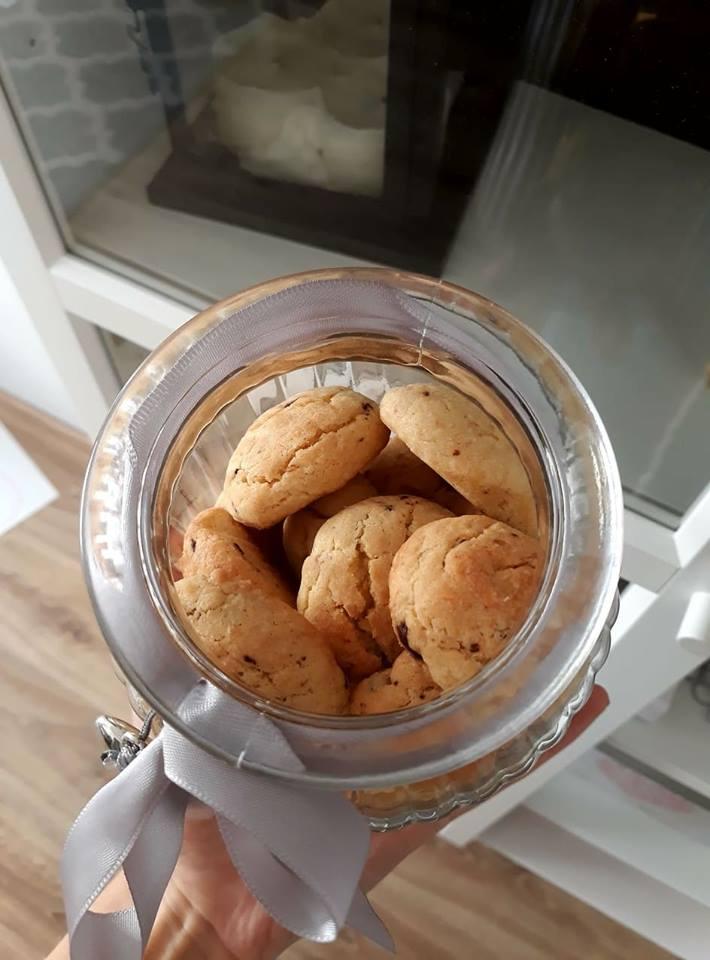Ciasteczka waniliowe z kawałkami czekolady