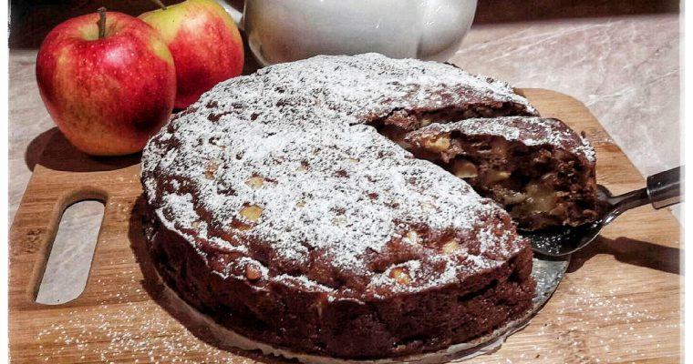 Ciasto z jabłkami i orzechami